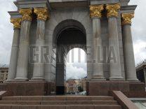 Гранітні колони фото (6)