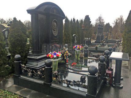 Меморіальні комплекси фото (37)