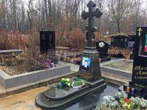 Пам'ятники з хрестом фото (21)