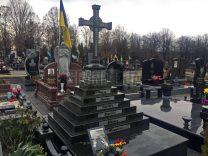 Пам'ятники з хрестом фото (23)