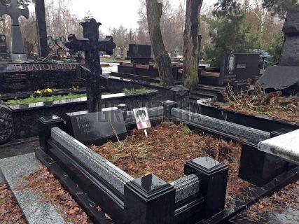 Пам'ятники з хрестом фото (32)