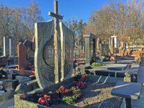 Пам'ятники з хрестом фото (7)