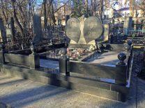 Пам'ятники з серцем фото (1)