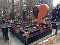 Пам'ятники з серцем фото (13)