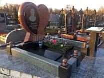 Пам'ятники з серцем фото (15)