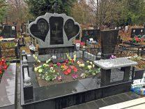 Пам'ятники з серцем фото (5)