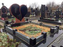 Пам'ятники з серцем фото (8)